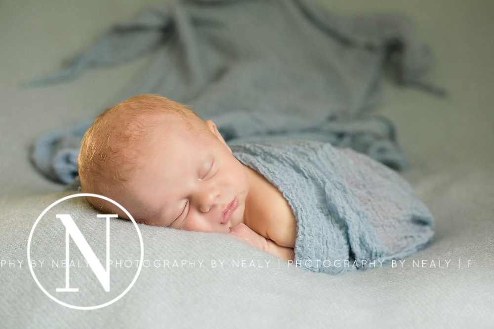 Twin-Cities-Newborn-Photographer-06