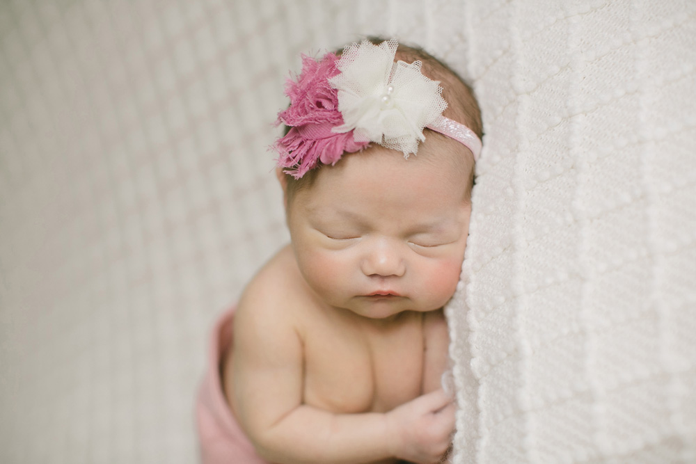 twin-cities-newborn-pictures-03